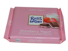 Шоколад RITTER SPORT Strawberry Yogurt , 100 гр.Цена 170 руб.