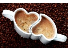 6876364-2-cups-of-coffee-shape-of-heart-and-coffee-beans-coffee-time-1ol1mat.jpg