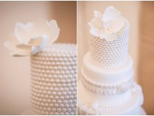 white-pearl-wedding-cake__full.jpg