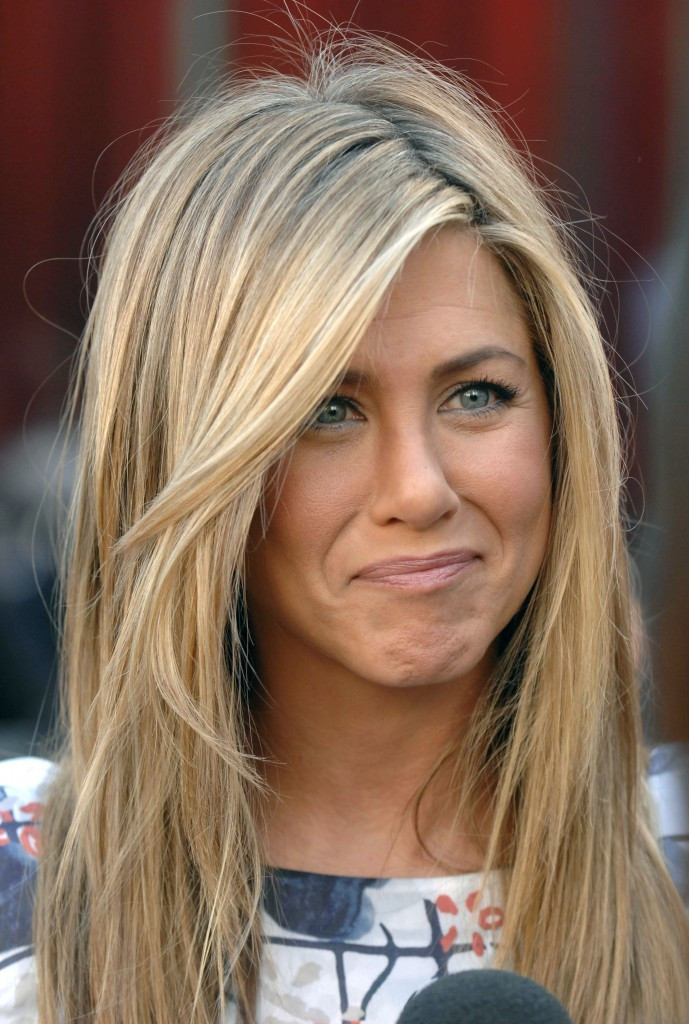 jennifer-aniston-hair-39-1363299143-689x1024.jpg