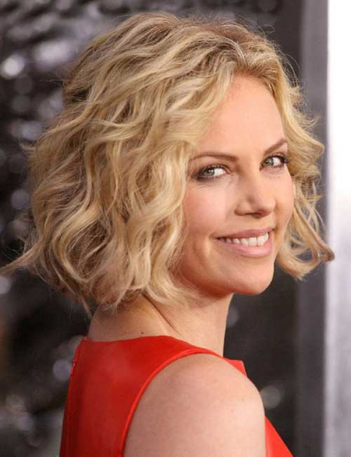 Short-Wavy-Curly-Hairstyles.jpg